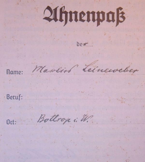 Ahnenpaß Leineweber Gerhardy aus Bottrop