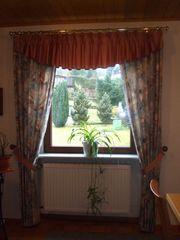 Vorhänge für 2 Fenster in