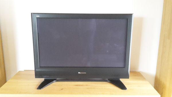 Panasonic Viera TH- » TV, Projektoren