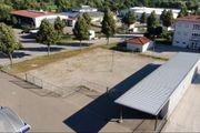 Abstellplatz für Wohnmobile Wohnwagen Boote