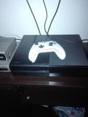 Xbox One 500 GB mit