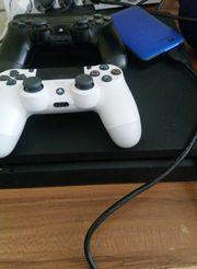 Verkaufe Playstation 4 --