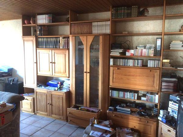 Große Schrankwand fürs Wohnzimmer, gut erhalten, an Selbstabholer in ...