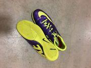 Nike Hallenschuhe Gr 38 5