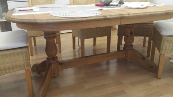 Esszimmertisch - Viernheim - Verkaufe Esstisch Fchte gelaucht masiv zum ausziehen . Maße ausgezogen 2,10 x 1,03m, oder 1,60x 1.03.Wegen Umzug. - Viernheim
