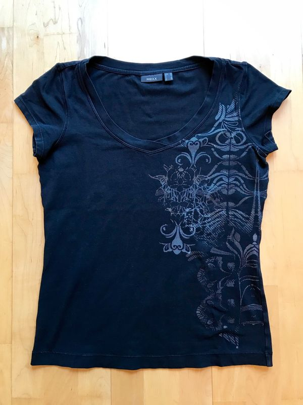 bbe567e1fb2920 T Shirts günstig gebraucht kaufen - T Shirts verkaufen - dhd24.com