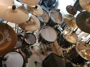 Versierter Schlagzeuger 33 sucht Band