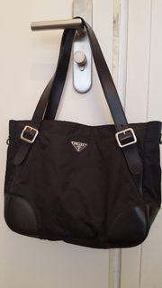 Prada Handtasche Original