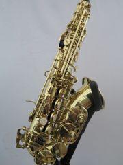 Gebogene Sopran-Saxophon,
