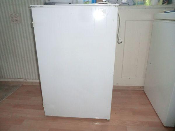 Gorenje Kühlschrank Licht Geht Nicht Aus : Einbau kühlschrank juno in sinsheim kühl und gefrierschränke