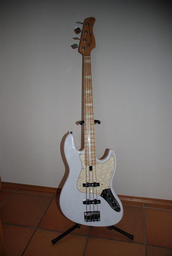 Marcus Miller V7 Jazz Bass, kein Fender, wie NEU in Östringen ...