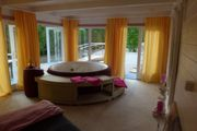 Sauna Whirlpool Wellness Urlaub Valentinstag