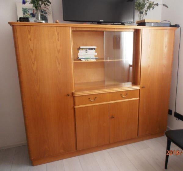 Schoner Alter Schrank Wohnzimmerschranke Anbauwande