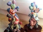 2 historische Clowns