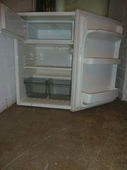 älteren Unterbau-Kühlschrank