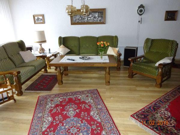 sitzgarnitur mit ankauf und verkauf anzeigen finde den billiger preis. Black Bedroom Furniture Sets. Home Design Ideas