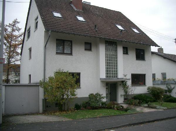 Grosszugige 3 5 Zimmerwohnung Mit Grossen Balkon Und Kamin In Bonn
