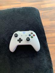 Xbox One Controller plus Rainbow