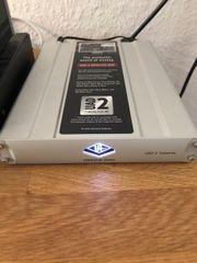UAD Hardware mit Plugins Genelec