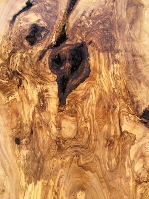 olivenholz bretter bohlen stammholz furnier und andere unikate aus olivenholz in kn llwald. Black Bedroom Furniture Sets. Home Design Ideas