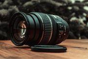 Canon Objektiv EF-S 17-85mm 4