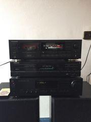 Stereoanlage aus hochwertigen Komponenten Kenwood