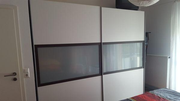 komplettes modernes Schlafzimmer, Schrank, Bett, Rost, Matratzen ...