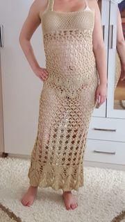 Handgehäkeltes Kleid