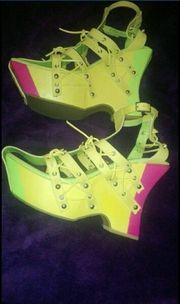 Sommer Schuhe aus