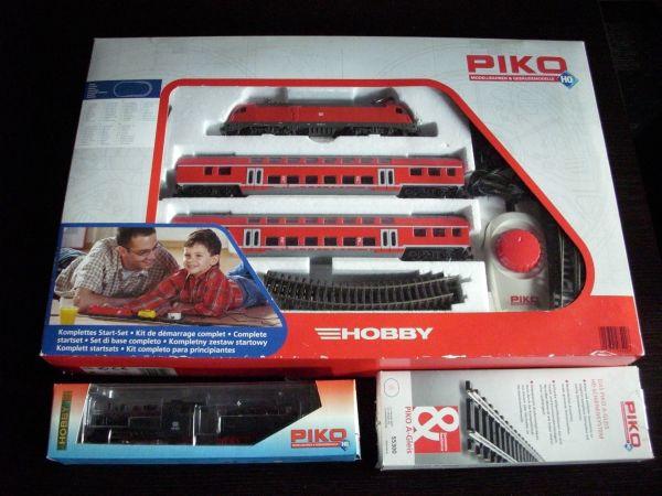 Piko H0 Starter-Set + Dampflok mit Schlepptender + Schienenset - Wörth Maximiliansau - Ich biete ein Piko H0 Starter-Set E-Lok BR 182 001-8 + 2 Doppelstockwagen, eine Dampflok mit Schlepptender und ein A-Gleis Schienenset von Piko zum Verkauf an. Es wurde alles nur 1 Mal für einen kurzen Zeitraum aufgebaut und verbra - Wörth Maximiliansau