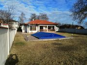 Haus mit Schwimmbad zu verkaufen