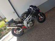 nacket bike
