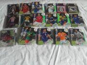 Über 750 Fußballsammelkarten
