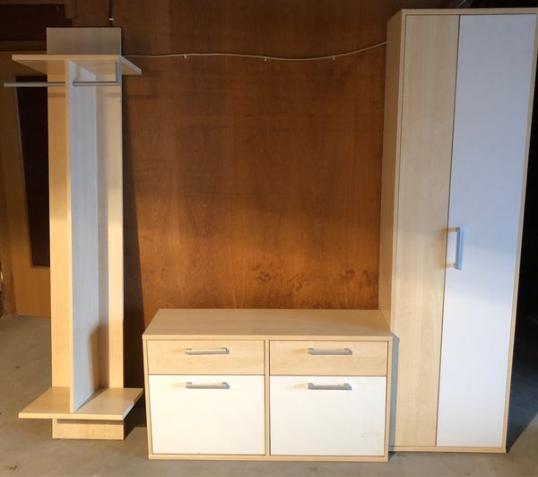 garderobe mit schuhschrank und beischrank und spiegel in. Black Bedroom Furniture Sets. Home Design Ideas