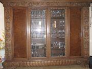 Dekorativer Wohnzimmerschrank ca 100 J