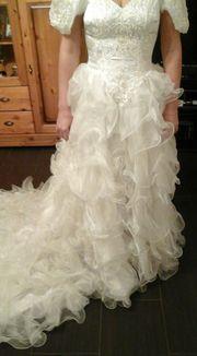 Brautkleid mit langer
