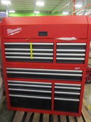 Milwaukee 46 Tool Chest and