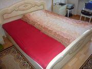 Schlafzimmerbett mit zwei