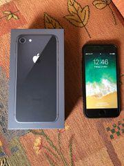iPhone 8 spacegrau