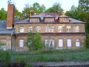 Baugutachter berät Schimmel - Haus - Käufer