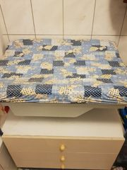 Wickelkomode mit Badewanne