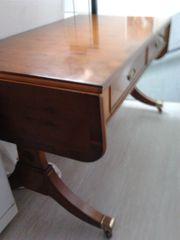 Edler Antiker Tisch Von Heldense