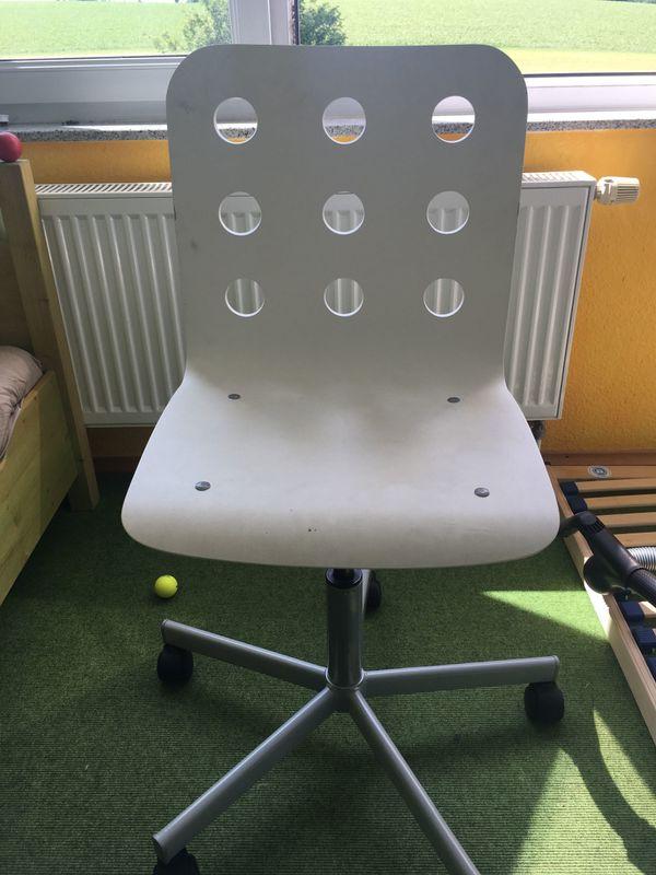 IKEA Jules Schreibtisch Stuhl Kinderzimmer - Karlsruhe Hohenwettersbach - Wir verkaufen einen weißen IKEA Schreibtischstuhl der Serie Jules.Der Stuhl weist normale Gebrauchsspuren auf und kann ab sofort in Karlsruher Höhenstadtteil abgeholt werden. - Karlsruhe Hohenwettersbach