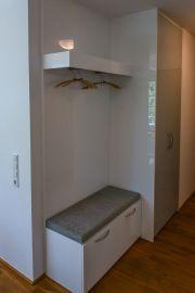 Hochwertige Einbau-Garderobe (