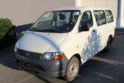 Toyota Hiace 9 Sitzer 2005