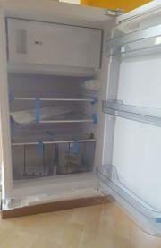 Einbaukühlschrank mit Gefrierfach VESTEL VEKF