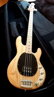 Sterling by Music Man Sting