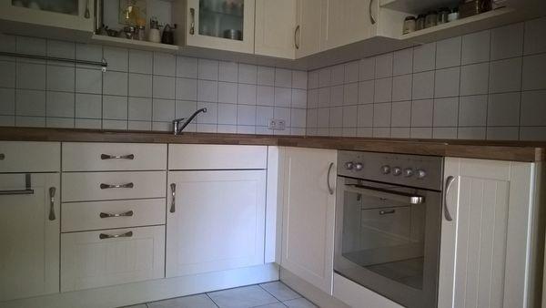 Küchen münchen segmüller  Moderne Segmüller Küche Landhausstiel, sehr gut erhalten in Augsburg ...