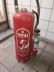 Feuerlöscher Total, antik,