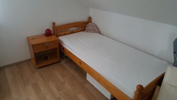 Set Bett Nachttisch Schreibtisch In Hamm Kinder Jugendzimmer
